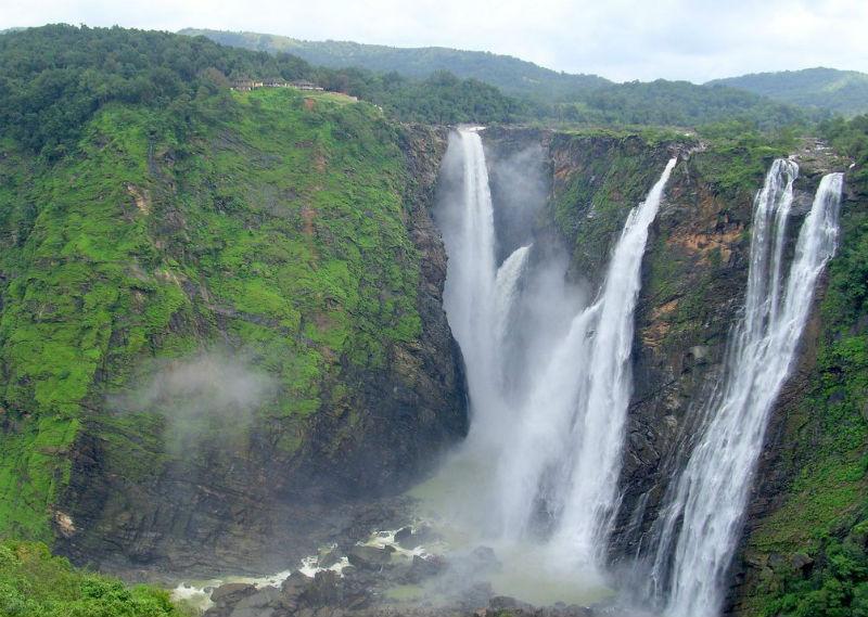 Ka Likai Falls
